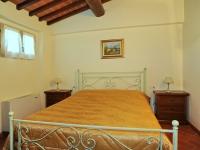 Camera da letto appartamento Dante