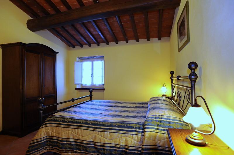 Appartamento eleonora a erboli residence in toscana - Televisione in camera da letto si o no ...