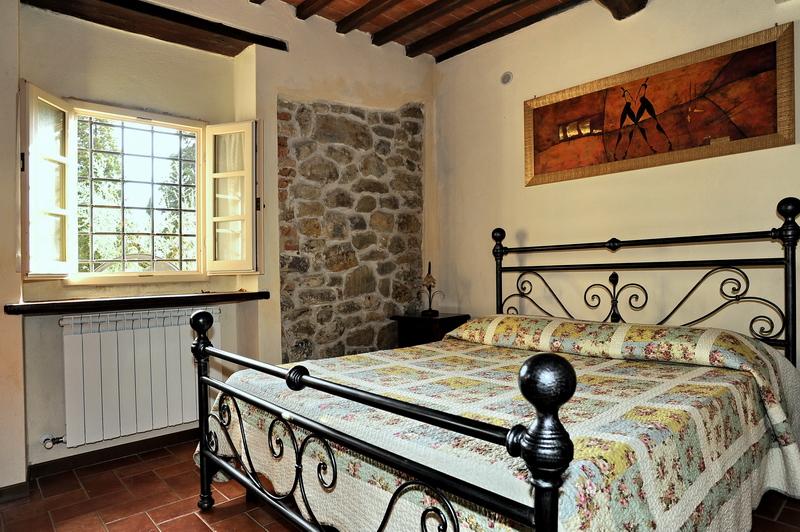 Appartamento tommaso a erboli residence in toscana - Televisione in camera da letto si o no ...
