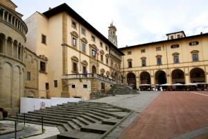 Tour Arezzo