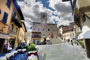 Tour Cortona